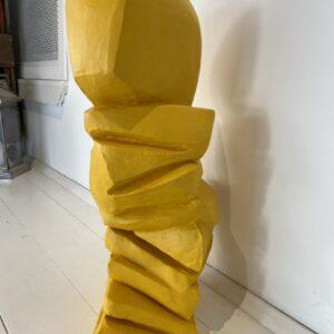 concrete skulptur